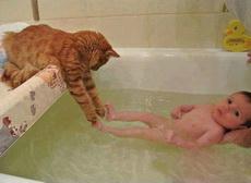 来嘛小主人,我来帮你洗脚脚!