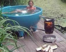 水冷了,快来添火
