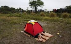 帐篷也太小了