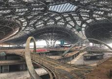 目前北京新机场T1航站楼内部