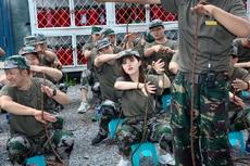 今年的军训同学们都很热情