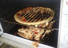 以后别这么加热披萨了